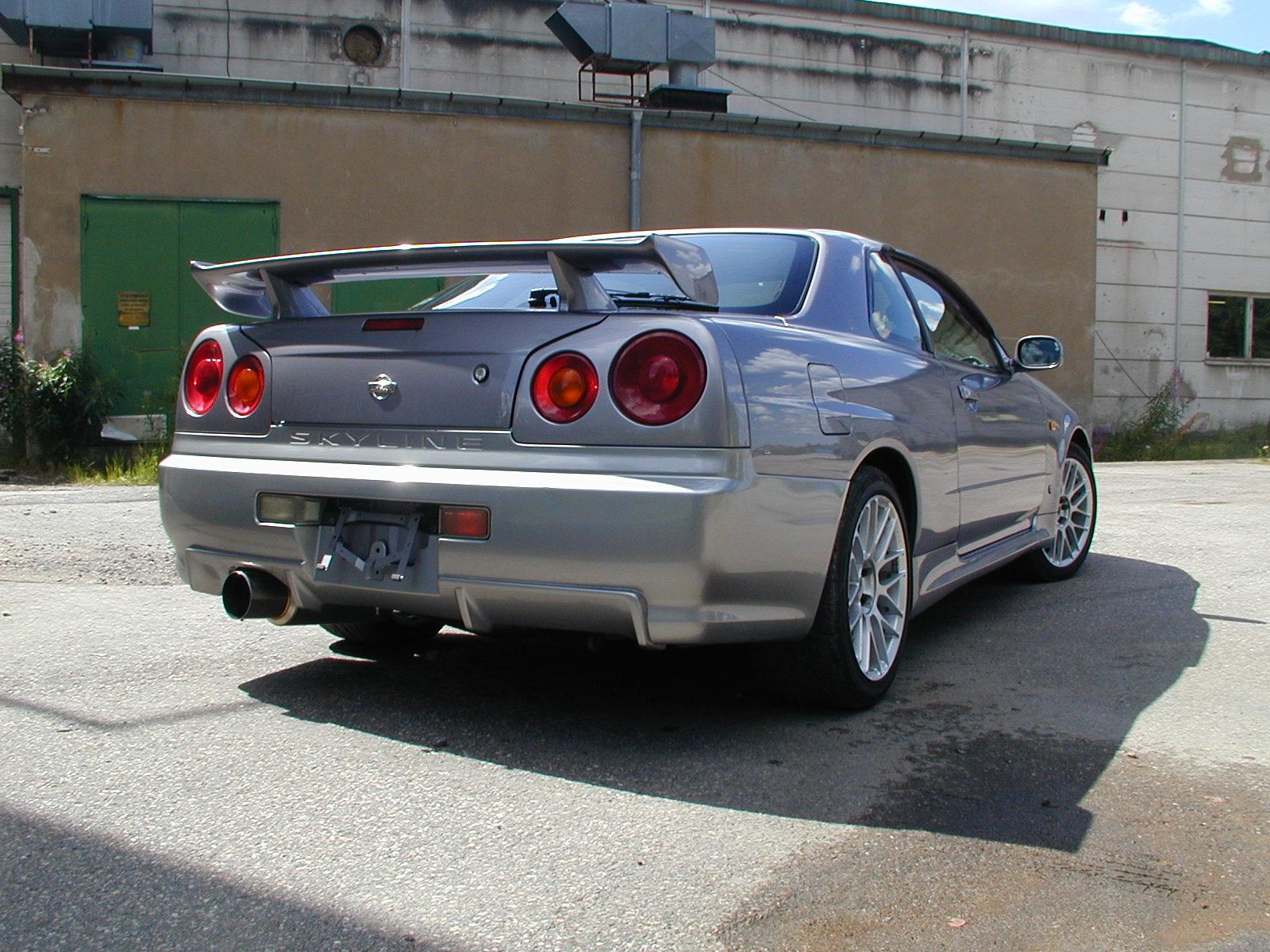 Nissan Skyline GTT-R (4WD,